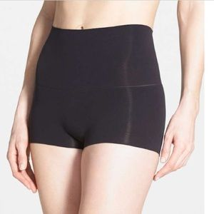 Spanx - Power shorty shaping shorts (blk)